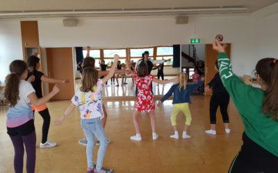 Teaching HipHop/Streetdance at ELG Jubiläumsfest