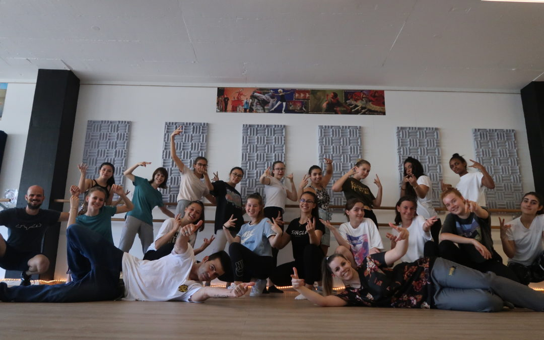 Dance Workshop with students from Röhrliberg school